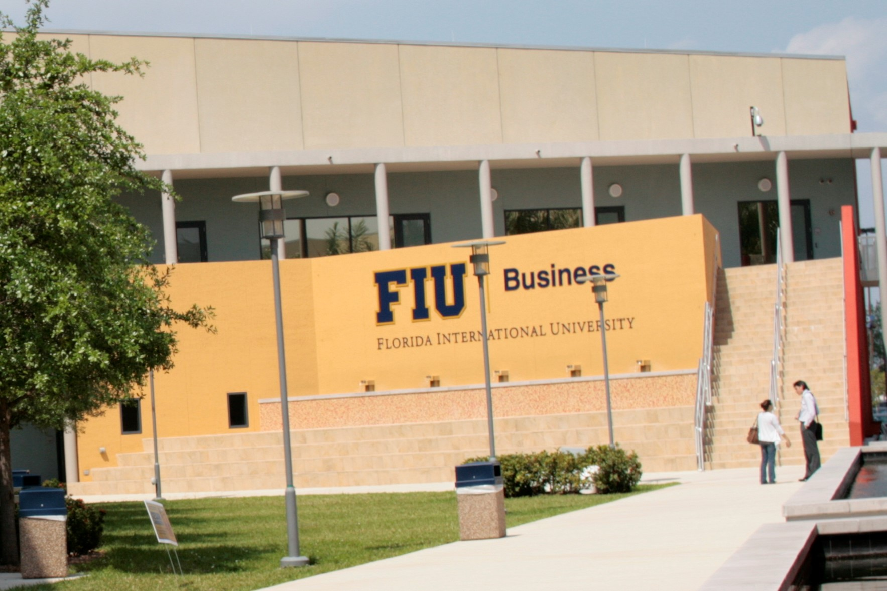 Georgetown and FIU collaborate on new program, sends participants to D.C.